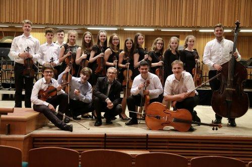 Smyčcový orchestr Uh.Hradiště úspěšně reprezentoval Moravu | Olomouc 11. – 12. května 2018