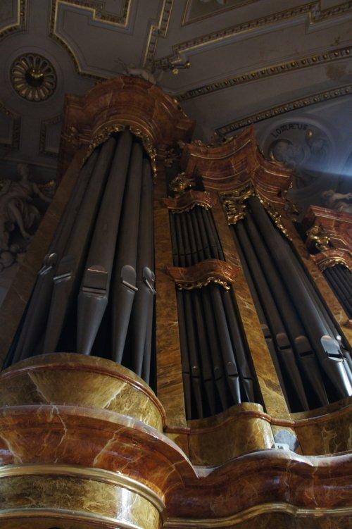 První koncert ZUŠ v adventním čase byl věnován varhanní hudbě
