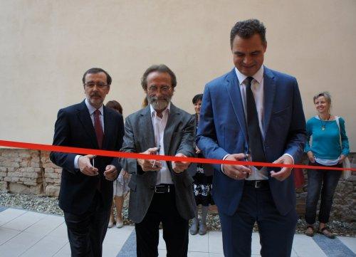 ZUŠka přivítala velvyslance | Španělského království, otevřel ve škole novou galerii