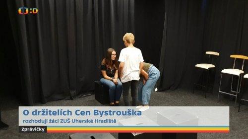 Žáci literárně-dramatického oboru | rozhodovali o udělení letošních Cen Bystrouška