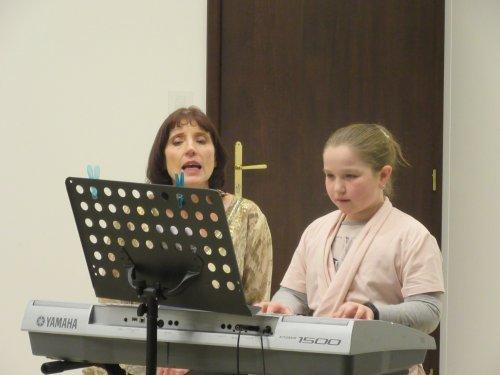 Vánoční muzicírování | pro děti z dětského domova