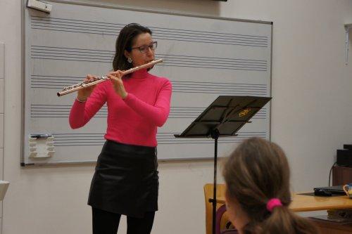 Zuška uvedla seminář pro děti | i koncert pro flétnu a klavír