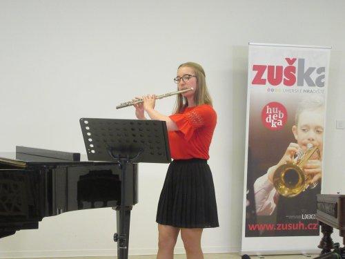 Fotogalerie  z 1. koncertu absolventů a sólistů